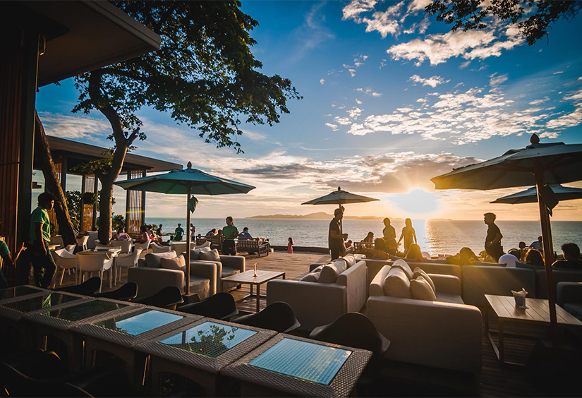 sky gallery restaurant pattaya